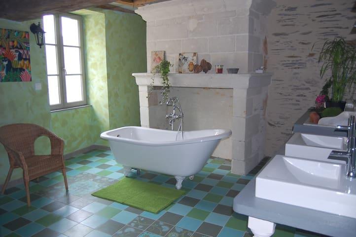 maison ancienne et romantique - Les Ponts-de-Cé - 一軒家