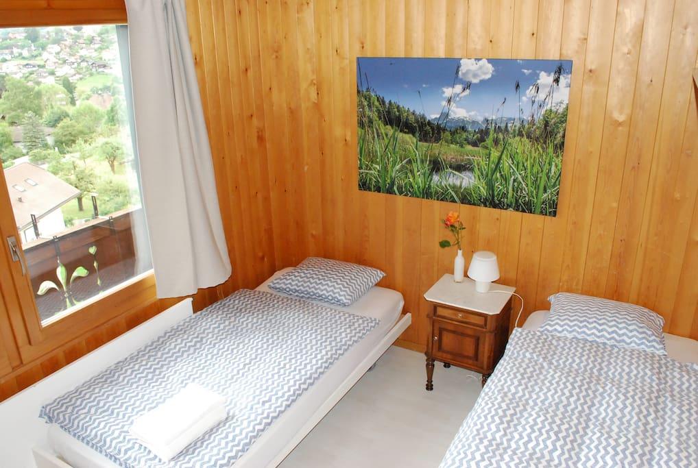 Zweibettzimmer  (2x200x90)