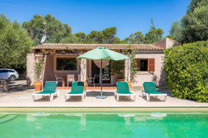 """Gorgeous Finca """"Can Galvany"""" with Wi-Fi, Garden, Terraces and Pool; Parking Available"""