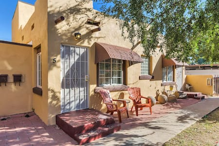 Historic Downtown Phoenix Apartment
