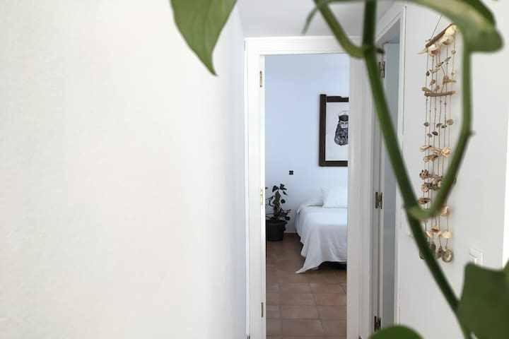 """""""El Palmar Surf House"""" Wifi y jardín"""