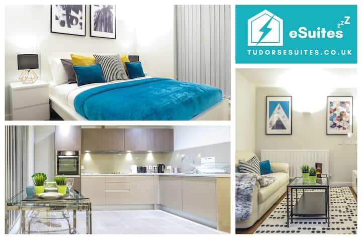 🙌 Tudors eSuites 🙌 Brand New One Bed Apartment 📣