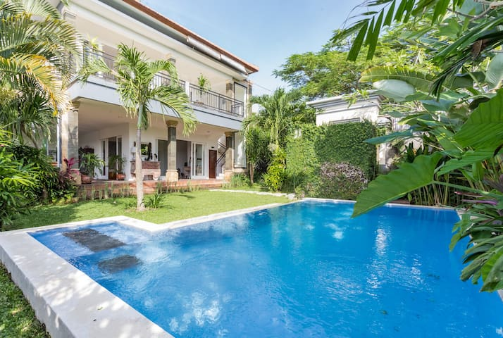 Charming 2 bedroom villa in Canggu. - North Kuta - Villa