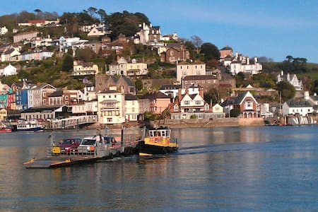 Picnic Cottage Holiday Let - Kingswear