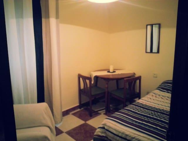 habitación cómoda y céntrica - Málaga - Bed & Breakfast