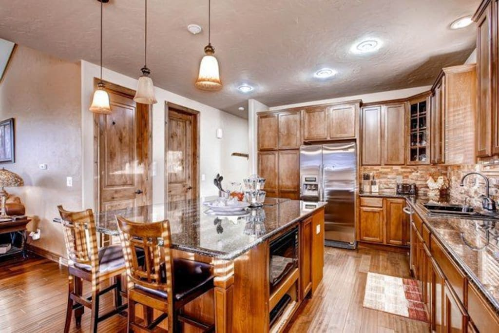 High end gourmet kitchen, stocked with everything you might need!