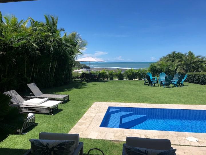 LUXURY BEACHFRONT HOUSE IN CASAMAR - PANAMA
