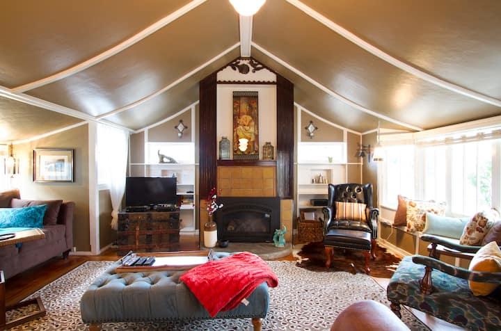 John Steinbeck's Cottage 30-Night Minimum Stay