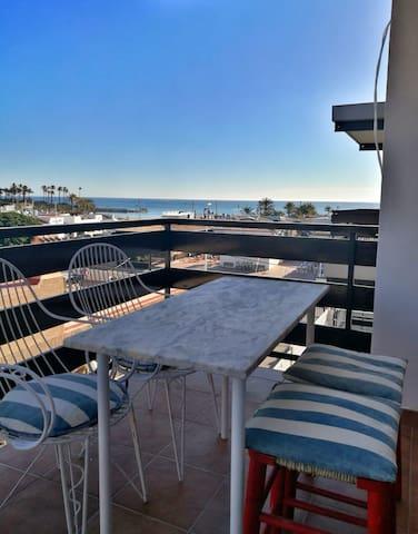 Fantásticas vistas en 1ª línea playa del Arenal