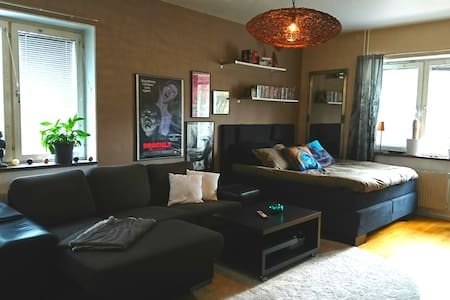 Cosy studio near city centre & beach, free parking - Helsingborg - อพาร์ทเมนท์