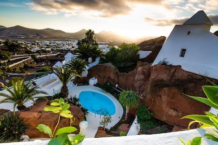 Romantic experience in Lanzarote - Nazaret