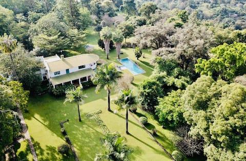 Chele Chele Villa - Arusha, Tanzania