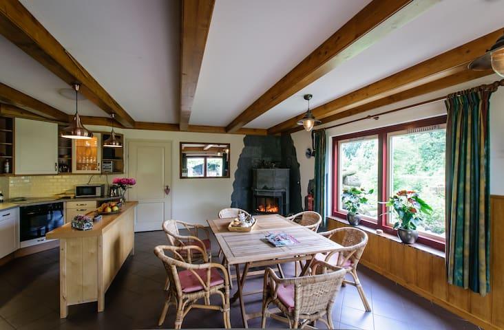 Groepsaccommodatie Luxe Vakantie Huis 12 personen - Hensbroek - Hus