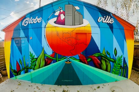 Globeville Charmer near Downtown, RiNo, LoHi!