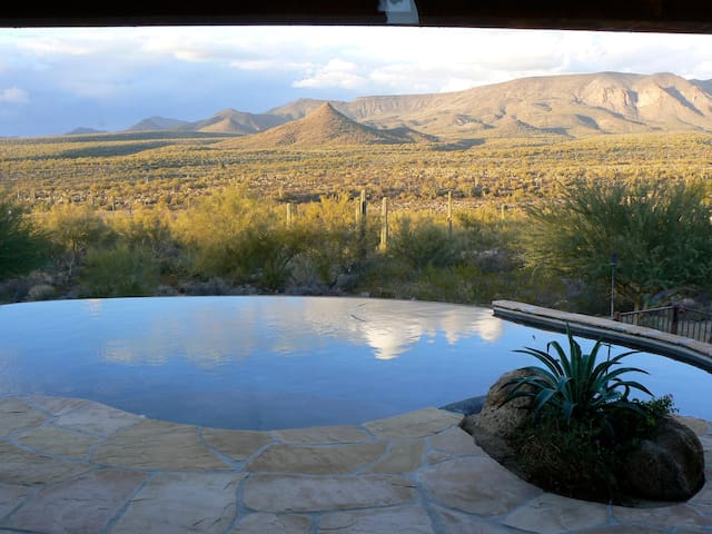 Tonto Vista Hacienda overlooks Tonto Nat. Forest - New River - Maison