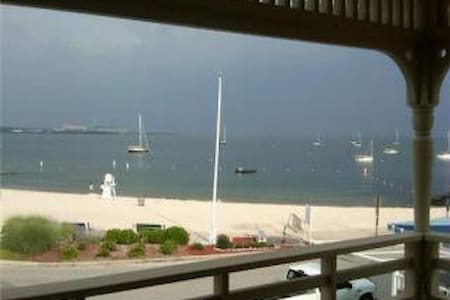 Winter Weekends at The Beach! - East Lyme - Casa