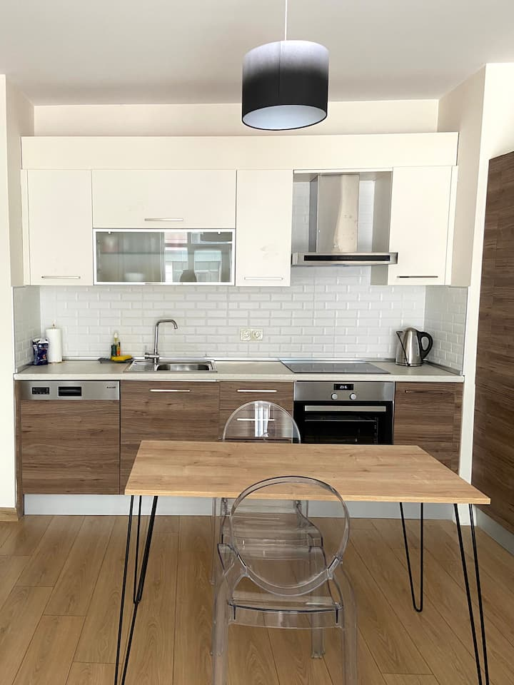 15 MINS TO THE AIRPORT - COZY 1+1 APARTMENT