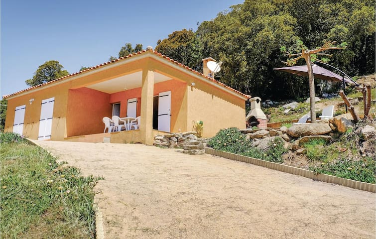 Holiday cottage with 3 bedrooms on 75m² in Casalabriva