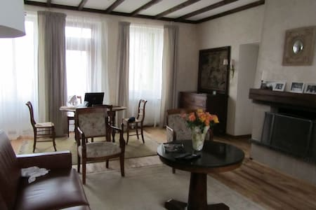 Coté Nuits 1 - Bed & Breakfast