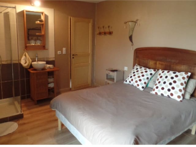 Chambre en Petite Camargue - Vauvert - Bed & Breakfast