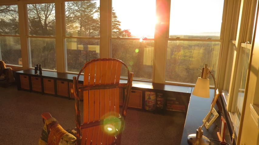Appalachian Views & Sunrises Close to Chattanooga! - Ooltewah - Dom