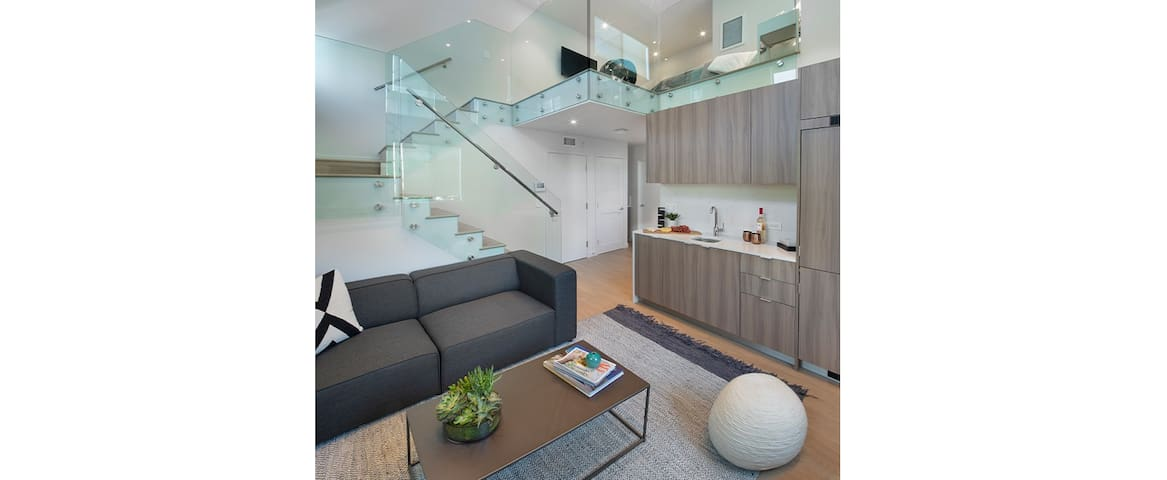 Brand New Loft with Parking - Brentwood - UCLA - Santa Monica- by MySuite