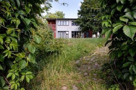 Öko-Ferienhäuser / Öko-Hotel