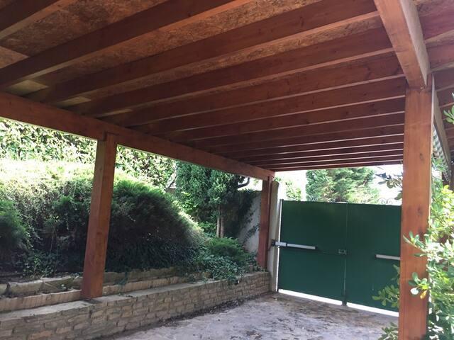 Rez-de-jardin privatif design Montélimar centre