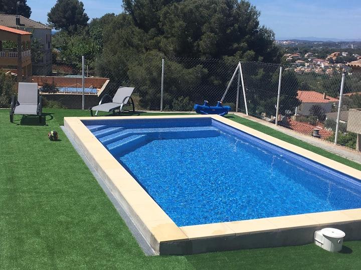 Casa unifamiliar con piscina y cerca de la playa