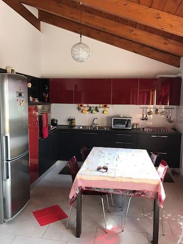 Appartamento con terrazza - Capoterra - Apartament