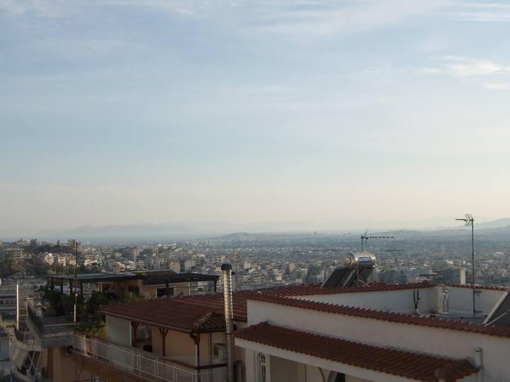 Loft sunny apartment,splendid 360° view of Athens!