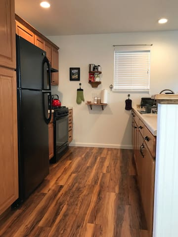 Cozy Digs In Newly Built Home Near Heart of Town