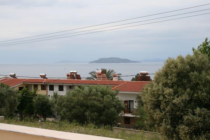 Nikiti-Elia Beach Σπίτι με θέα
