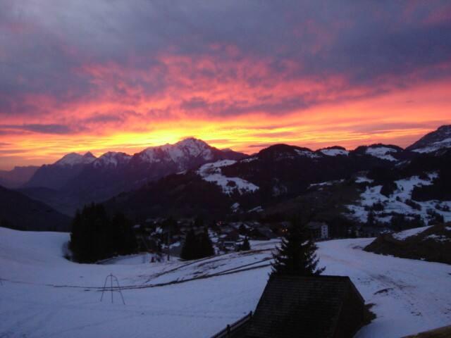 parter skis aux pieds pour cet appart tout confort - Crest-Voland - Apartemen