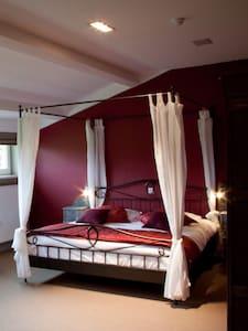B&B Domus Silva -  room Birnam - Koningshooikt
