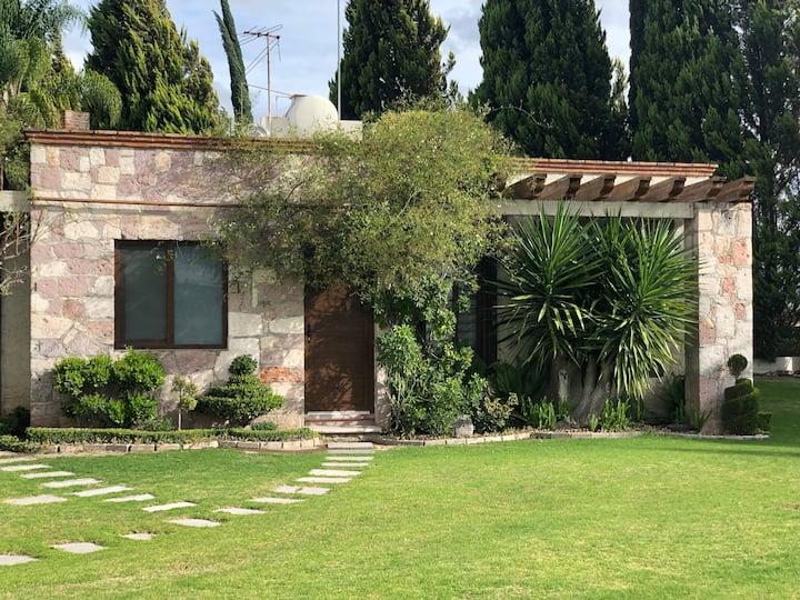 Cabaña Las Barricas, Hacienda Los Pavorreales