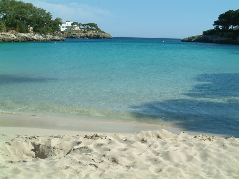 Cala Esmerelda just a couple of minutes walk away