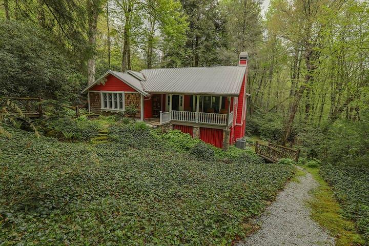 3 Bears Cottage, Highlands NC