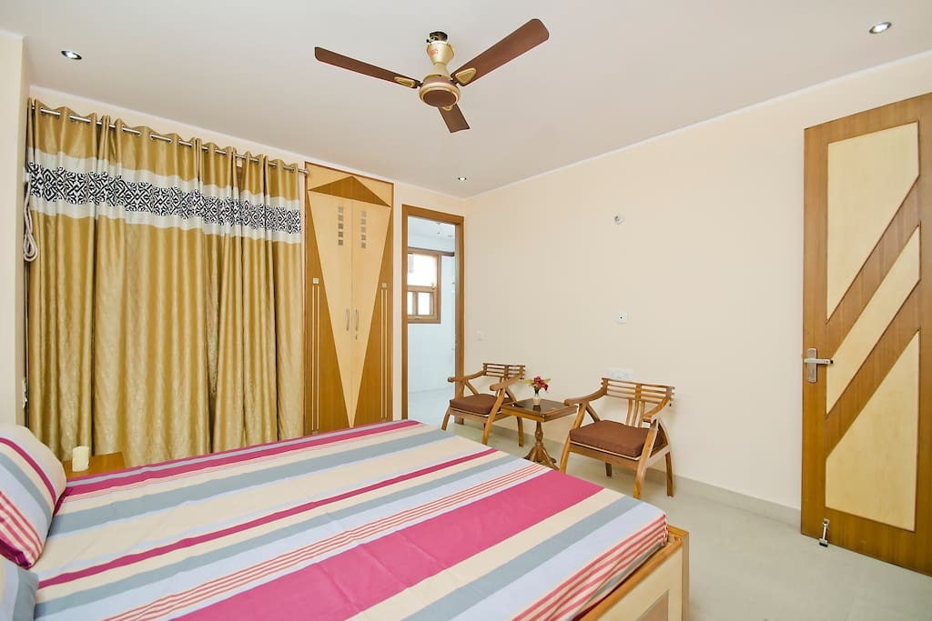 Attached very spacious bathroom with all amenities