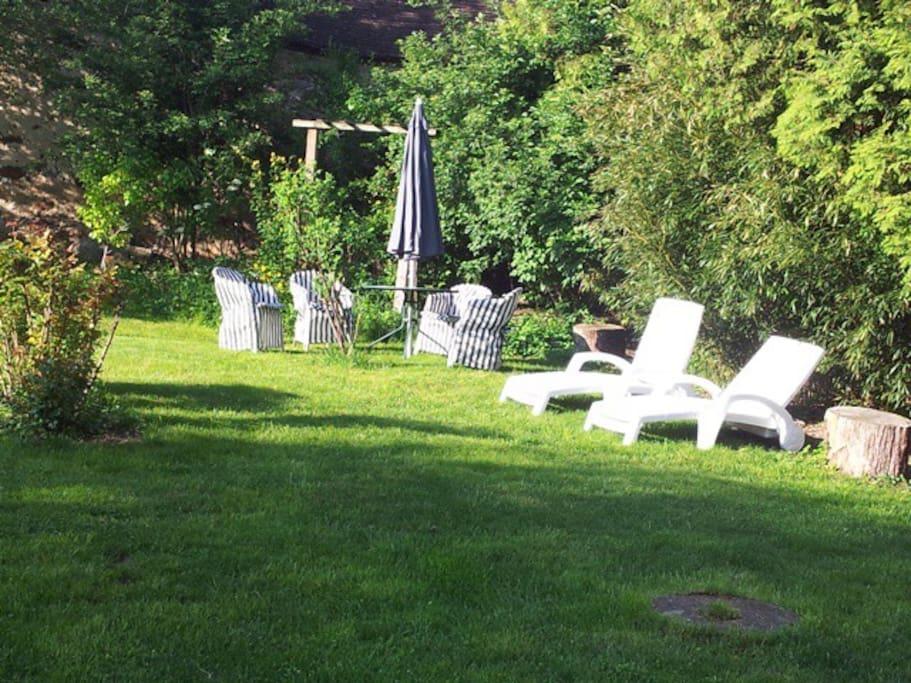 détente au jardin