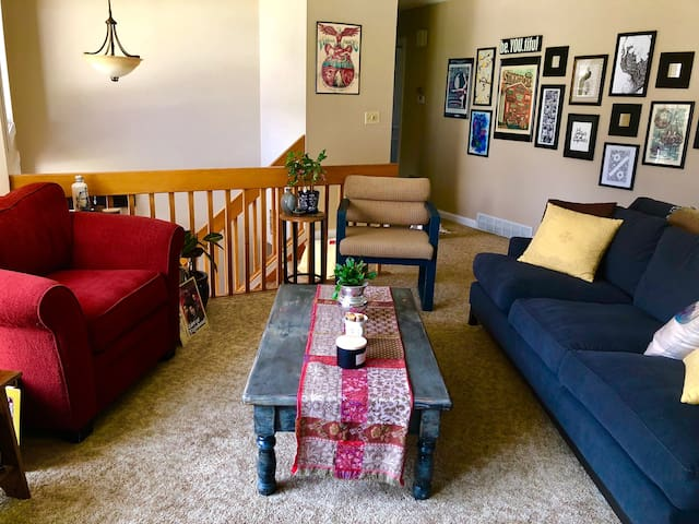 Cozy and Fun Private Home in Champaign!
