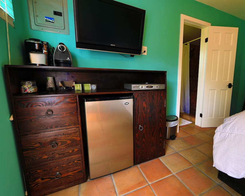 Refrigerator, TV, appliances and cabinets