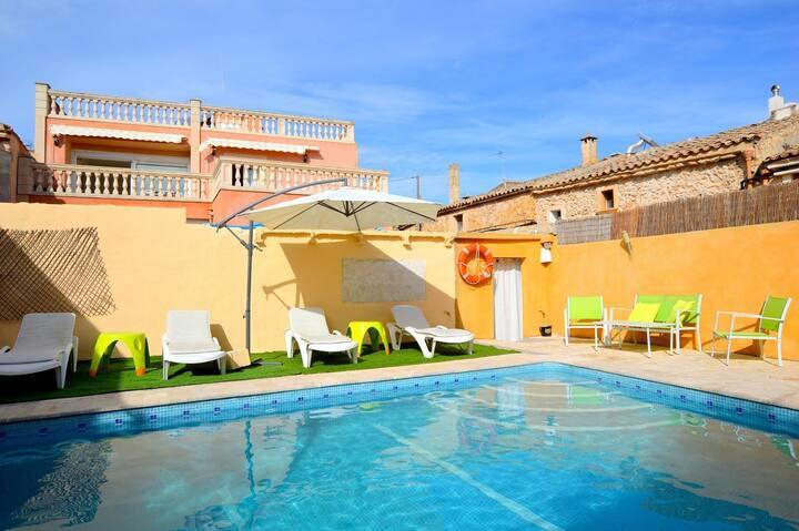 Nueva casa con piscina privada Gran Vista