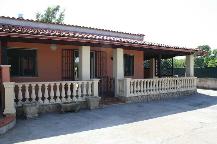 Three Rooms apartment in Villa in Fontanelle