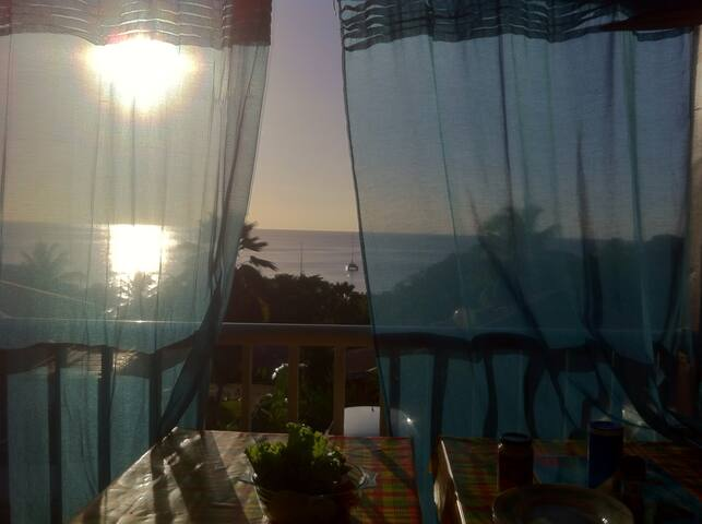 Caribbean beachflat/stunning view! - Bouillante - Apartamento