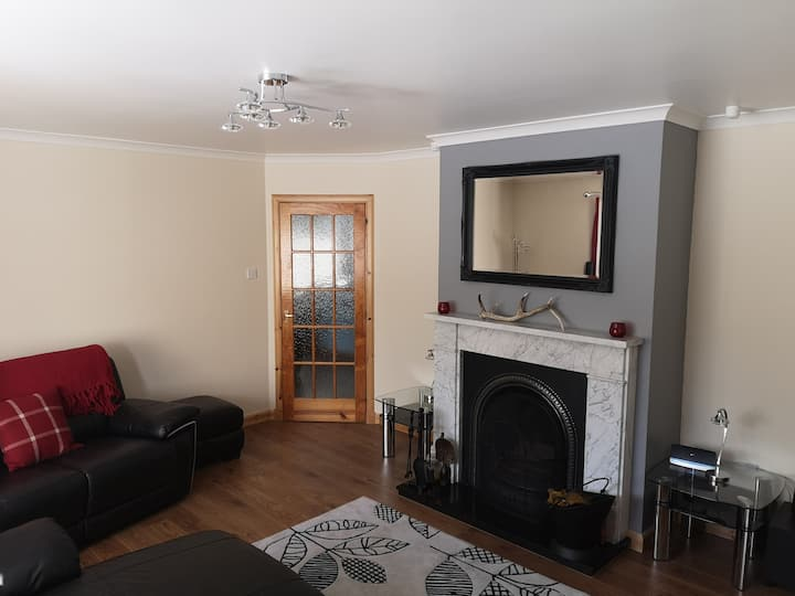Large private 3 Bed Bungalow