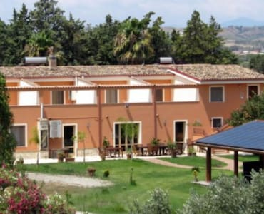 Appartamenti in agriturismo al mare - Cropani Marina - Apartamento
