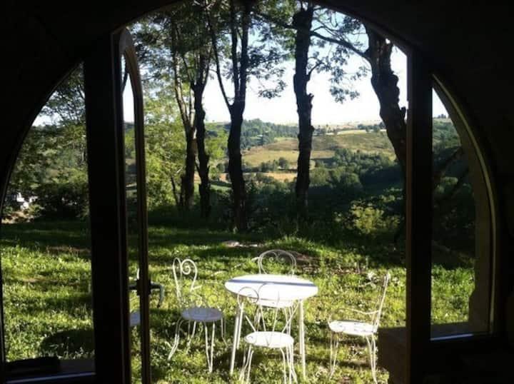 Gîte de charme au coeur des monts du Cantal