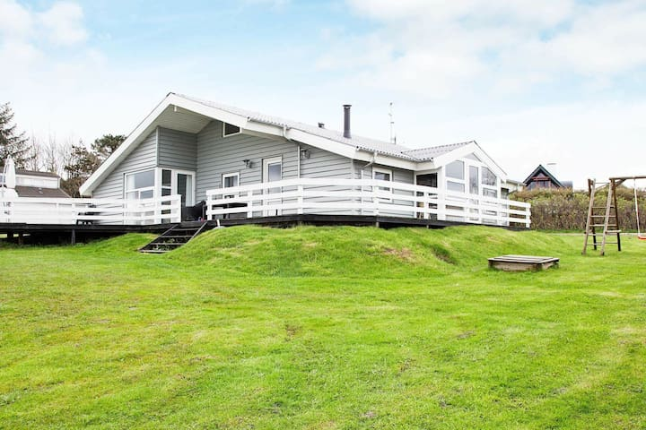 Sprawling Holiday Home in Ebeltoft with Terrace