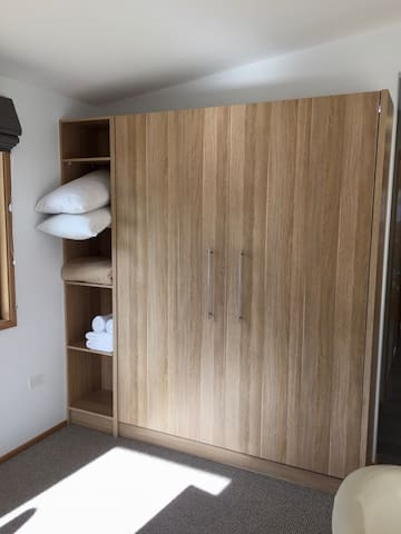 Pull down Queen size Murphy Bed